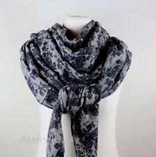 Damen-Schals & -Tücher im Dreieckstuch-Stil mit Rosen-Thema