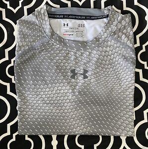 Men's Under Armour compression shirt Heat Gear L large short sleeve gray pattern