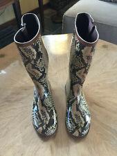 Dirty Laundry Rain Boots Snakeskin Design Size 9