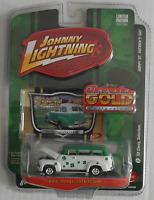 """Johnny Lightning - ´50 / 1950 Chevy Suburban """"St. Patrick´s Day"""" Neu/OVP"""