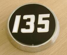 MASSEY Ferguson 135 côté badge