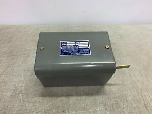 SQUARE D Class 9038 AG-1 Mechanical Alternator Open Tank Liquid Level Switch