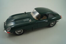 Bburago Burago Modellauto 1:18 Jaguar E 1961