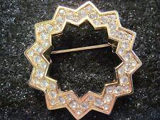 Swarovski Swan Signed Gold Tone Beautiful Vintage Star Brooch Elegant Gift 098