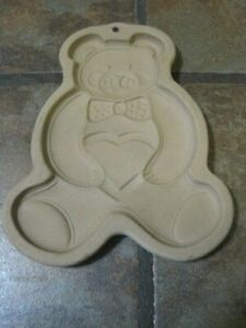 THE PAMPERED CHEF ~ COOKIE MOLD ~ 1991 TEDDY BEAR WITH HEART ~ EUC