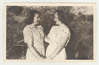 1930s Two Pretty Young Woman Hugging Each Other Lady Girl Lesbian Old Photo
