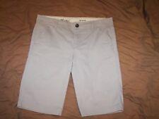 Women's Eddie Bauer Bermuda Shaw Shorts - Size 8 - See Measurements