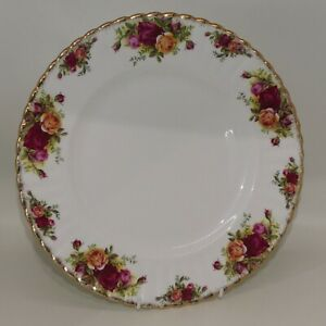 2 Royal Albert Old Country Roses Montrose 26.5cm dinner plates | UK made | used