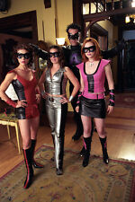 Holly Marie Combs & Cast (703) 8x10 Photo