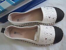 white mountain alfresco off white/black flat shoes, sz 8, NIB