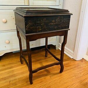 Ethan Allen Chinoiserie Crackle Textured Faux Cabinet / Side Table