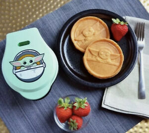 Star Wars Mandalorian The Child Mini Waffle Maker Baby Yoda NEW In Box