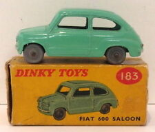Voitures, camions et fourgons miniatures Dinky pour Fiat