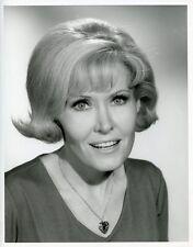ELLEN DOLAN PRETTY SMILING PORTRAIT AS THE WORLD TURNS 1966 CBS TV PHOTO