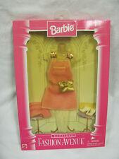 BRAND NEW 1996 BARBIE DOLL BOUTIQUE FASHION AVENUE PINK DRESS 14980