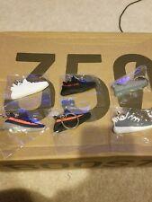 Yeezy keychain 350v2 sply 350