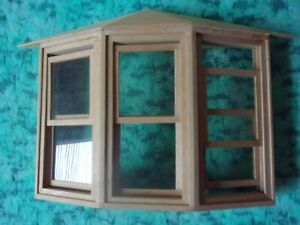 1:12 Scale Victorian wooden sash bay window