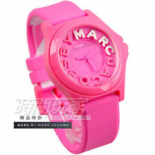 MARC BY JACOBS LADIE'S PINK RUBBER DESIGN WATCH MBM4023