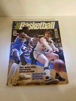 1981-82 OFFICIAL S&S BASKETBALL YEARBOOK MAGAZINE - FOSTER & PAXSON ON COVER
