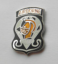GOLDEN KNIGHTS US ARMY AIRBORNE PARA PARATROOPER PARACHUTE TEAM LAPEL PIN 1 INCH