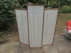 """Vintage Oak Folding Lace Screen Room Divider about 63"""" high & 57"""" wide"""