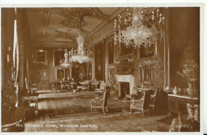 Berkshire Postcard - The Vandyke Room - Windsor Castle - Real Photo - Ref TZ5825