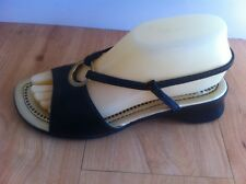 Ladies CASSIDY COMFORT Sandals Size 7 W EU 38 Black & Gold Ring Circle Slingback