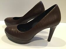 ROCKPORT BROWN LEATHER HEELS WITH ADIPRENE BY ADIDAS SIZE 3.5