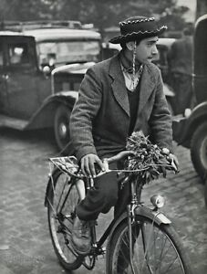 1955 Vintage ROBERT DOISNEAU Gaucho Flower Bike CYCLIST France Photo Art 11x14