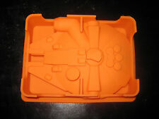 STAR WARS MILLENNIUM FALCON SILICONE BIRTHDAY CAKE PAN CANDY MOLD ICE TRAY