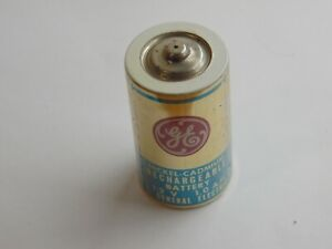 Vintage D cell battery - Rechargeable Nickel-Cadmium GE general electric