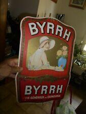 Affiche sur Carton , Porte Lettre a la demoiselle buvant un BYRRH au Quinquina