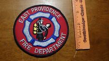 VINTAGE  EAST PROVIDENCE RHODE ISLAND  FIRE DEPARTMENT  PATCH    BX 10#48