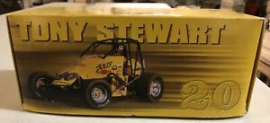 TONY STEWART 1:24 SPRINT CAR BOLES CHEVROLET 1996 1 OF 5,004 NEW IN BOX