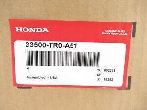 Genuine OEM Honda 33500-TR0-A51 Passenger RH Outer Taillight Assy 2013-15 Civic