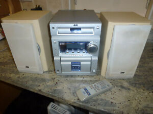 MUSIC SYSTEM PLAYS CDS+CASSETTES+RADIO-CA-UXP5R + 2 SPEAKERS-SP-UXP+REMOTE