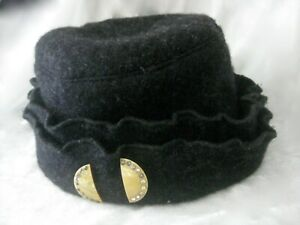 Vintage 1930s Grey Wool Soft Clotche Hat Celluloid Pin With French Paste Stones