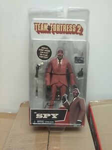 Team Fortress 2 :The Spy figure Red ver. Bonus code included NECA 2014
