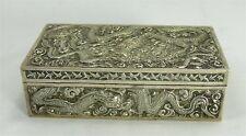 Belle boîte argent massif Chine/Indochine, décor de dragons.