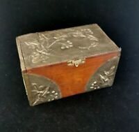 Antique Art Nouveau tea caddy with flaral design
