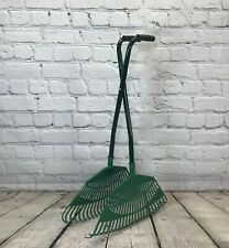 Long Handled Leaf Collecting Rake Grabs Garden Leaves Tidy Collector Grabber
