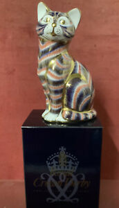 Royal Crown Derby Paperweight- Cat