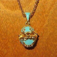 Oeuf Pendentif émaillé russe SWAROVSKI cristaux bleu clair oeuf & en or chaîne