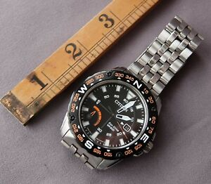Citizen Eco-Drive WR200 J850-S111218 with visible power reserve indicator