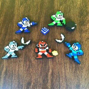 Pixel Pals Figures Mixed Lot Five Figures + Additional Piece One Money Takes All