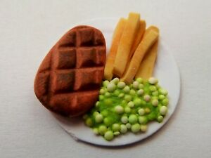 """DOLLS HOUSE MINIATURE FOOD STEAK AND CHIPS ON 1"""" CARDBOARD PLATE COMBINED P+P"""