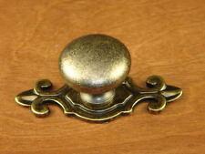 Sonoma Cabinet Hardware Pocomo Knob Flure de Lis Backplate Handle Antique Brass