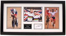 Mark Cavendish mano firmado exhibición de la Foto Enmarcada UCI campeón del mundo.