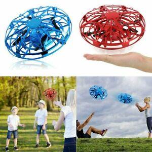 Drohne Spielzeug UFO Quadrocopter fliegen Kunstflug Geschenk Kinder Toy 3 Farben