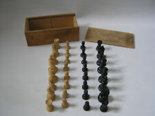 vintage boxwood chess set in original box - King 5cm high